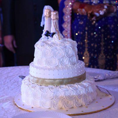Delicious Couple Cake